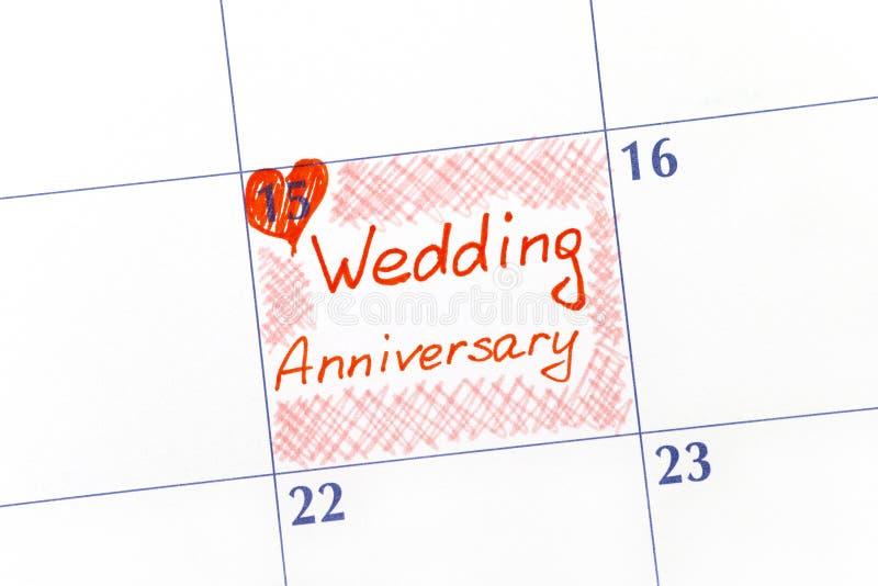 Aniversario de boda del recordatorio en calendario fotografía de archivo libre de regalías