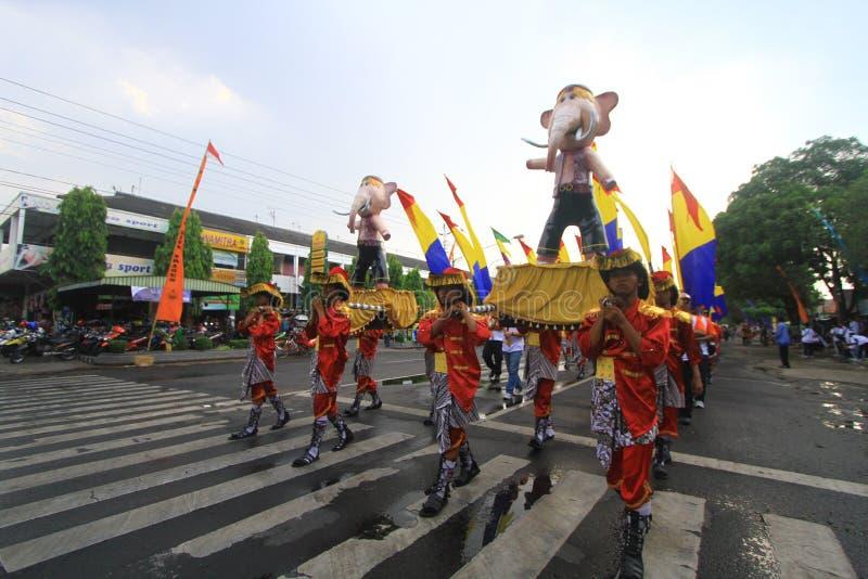 Aniversario Sragen de la ciudad del carnaval imagenes de archivo