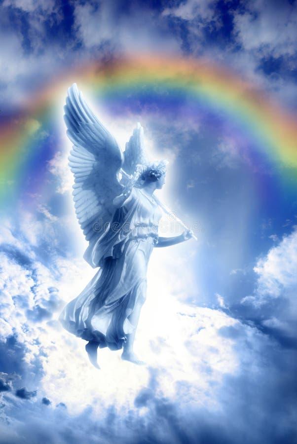 Anjo com arco-íris divino foto de stock royalty free