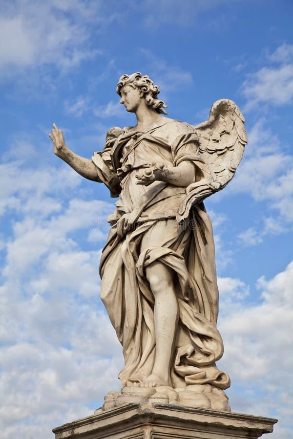 Anjo de Ponte Sant'Angelo com os pregos imagem de stock