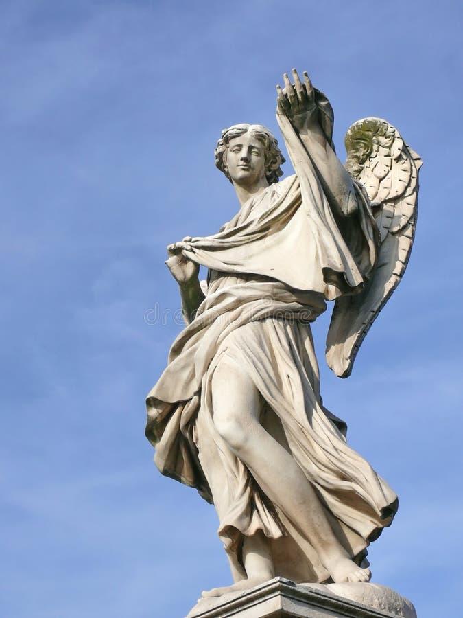 Anjo com sudarium. Ponte de Michaelangelo. Roma. imagens de stock royalty free