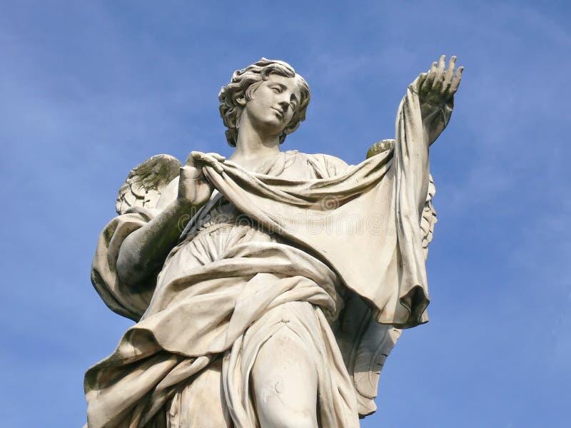 Anjo com sudarium. Ponte de Michaelangelo. Roma. fotos de stock royalty free