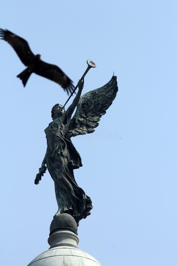 Anjo da vitória sobre a abóbada de Victoria Memorial, Kolkata foto de stock royalty free