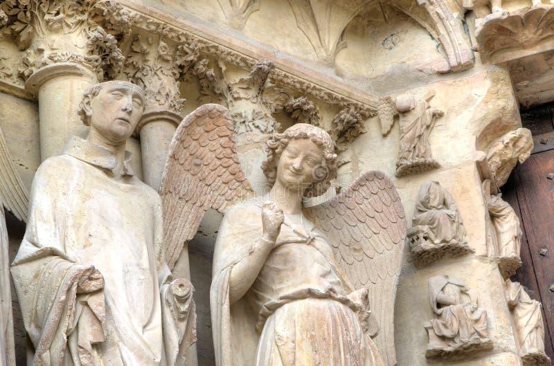 Anjo de sorriso Catedral de Notre-Dame de Reims Reims, France imagem de stock royalty free