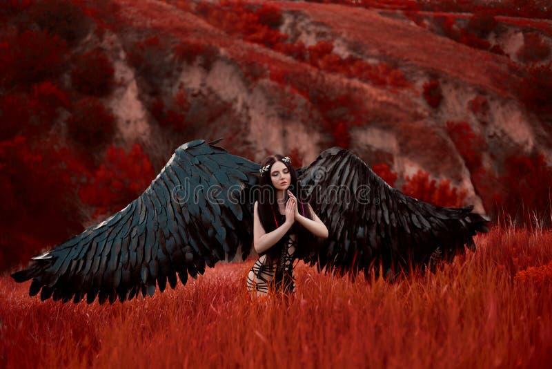 Anjo preto Menina-demônio bonito fotos de stock royalty free