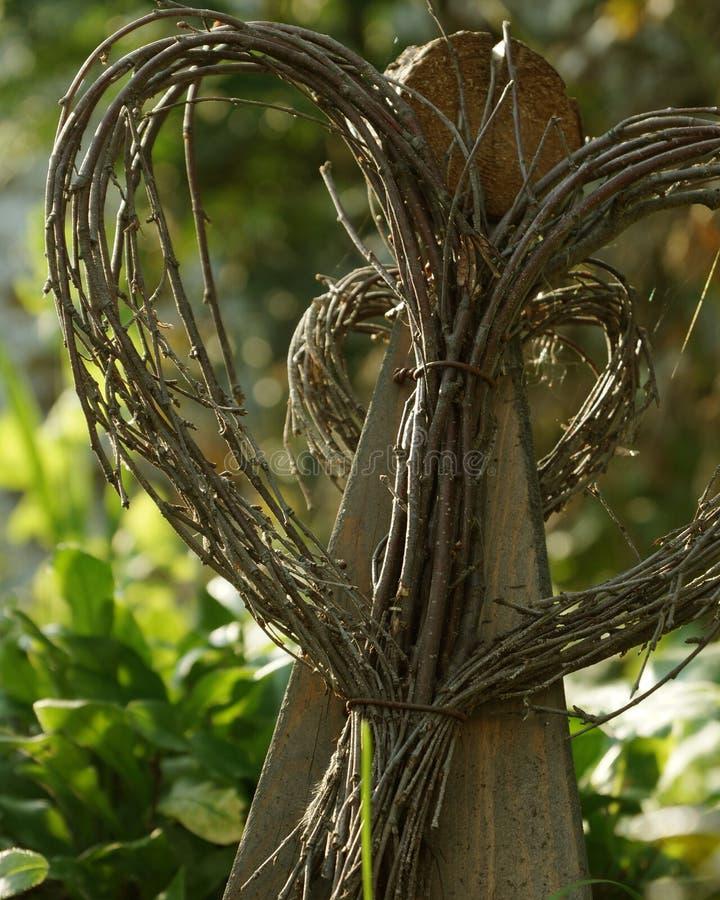 Anjo Twiggy do jardim imagens de stock royalty free