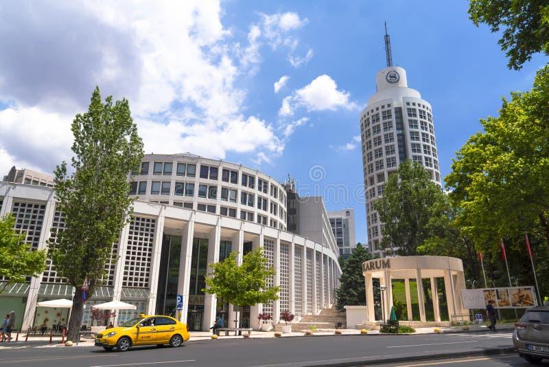 Ankara/die Türkei 6. Juli 2019: Karum-Einkaufszentrum und Sheraton Hotel in Kavaklidere-Bezirk lizenzfreies stockbild