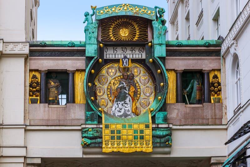 Ankeruhr-Uhr in Hoher Markt - Wien Österreich lizenzfreie stockfotografie