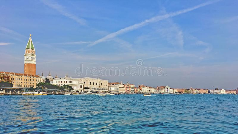Ankommande Venedig arkivbild