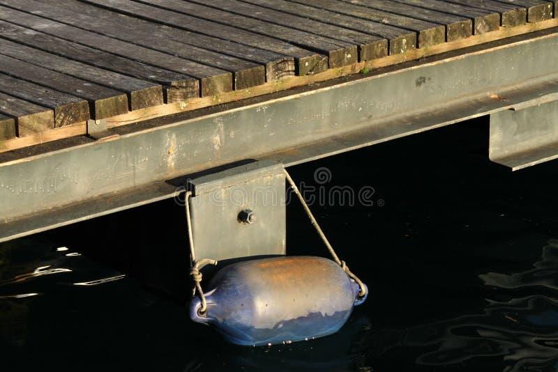 Ankoppeln auf dem Pier stockfotografie