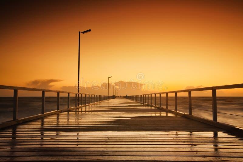 Anlegestelle-Sonnenuntergang stockfotografie