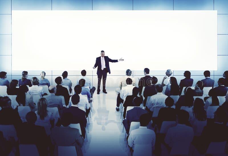 Anleitung des Förderungs-Seminar-Sitzungs-Konferenz-Geschäfts-Konzeptes lizenzfreie stockbilder