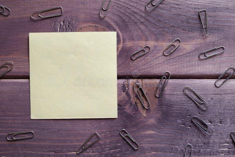 Anmärkning minneslista, anteckning arkivfoton
