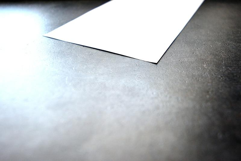 Anmerkung, Blatt Papier, Buchstabe, Anmerkungen, Korrekturen stockfoto