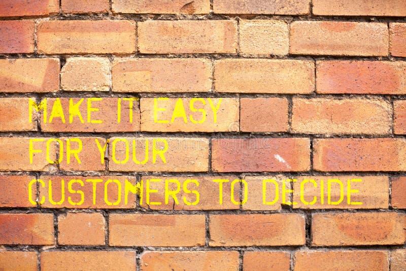 Anmerkungsvertretung schreibend, machen Sie es einfach, damit Ihre Kunden entscheiden Die Geschäftsfotopräsentation geben Kunden  lizenzfreie stockfotos