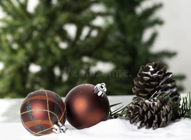 Année de plan rapproché de babiole de décoration de boule de Noël nouvelle image libre de droits
