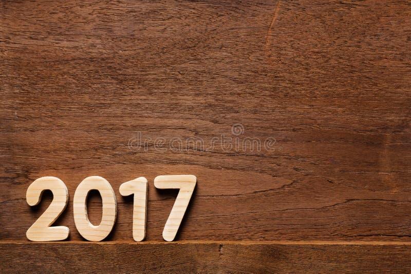 Année 2017 numérique sur le fond boisé photographie stock libre de droits