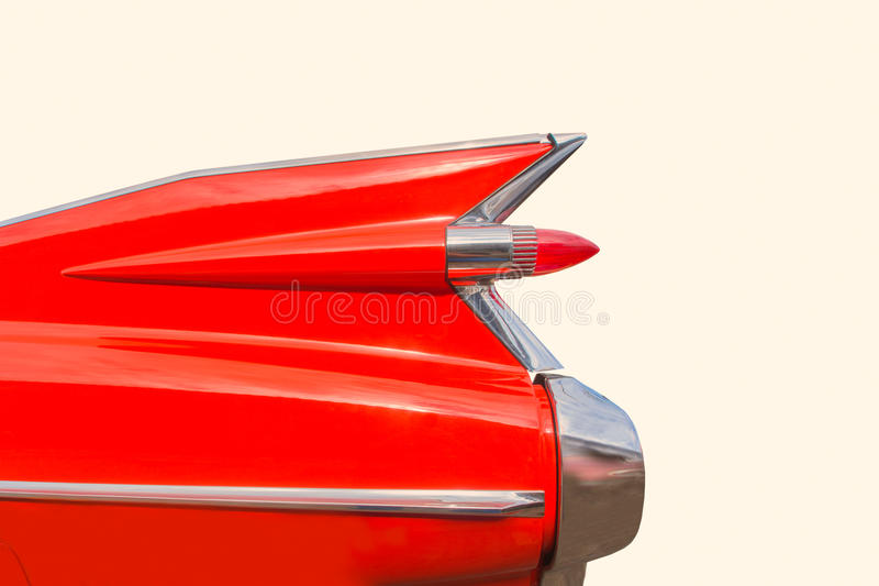 Années 50 classiques américains de vintage les rétros passent l'aileron au bichromate de potasse de queue de voiture photographie stock libre de droits