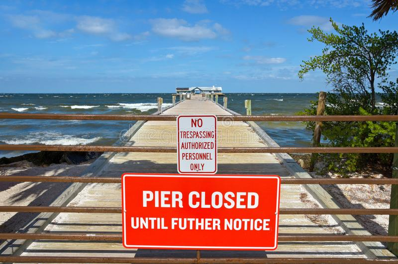 Anna Maria City Pier Closed royalty-vrije stock afbeeldingen