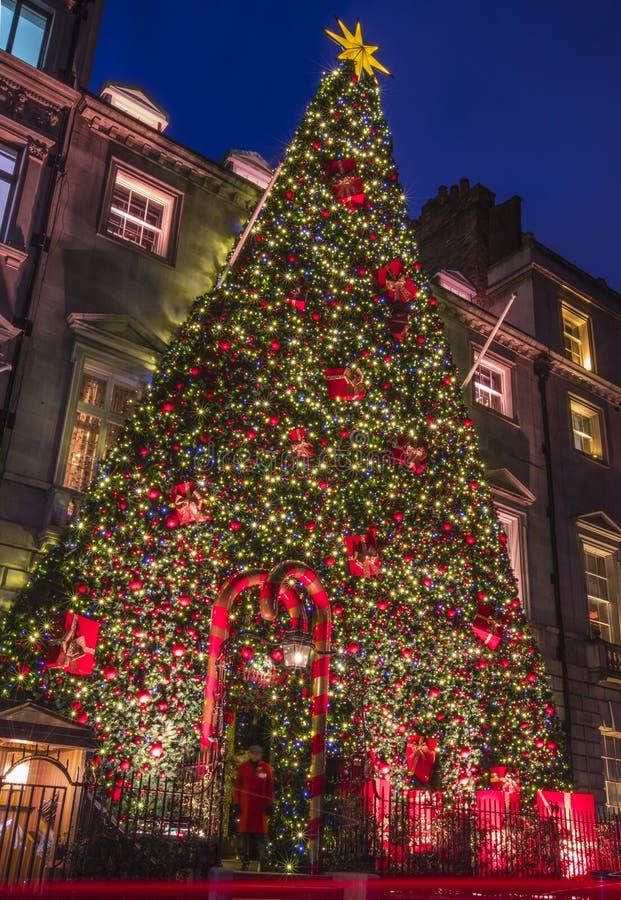 Annabels i Mayfair på jul royaltyfri foto