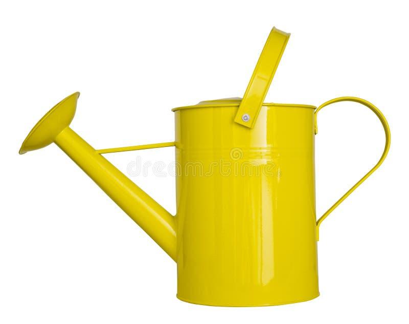 Annaffiatoio giallo isolato su un fondo bianco fotografia stock
