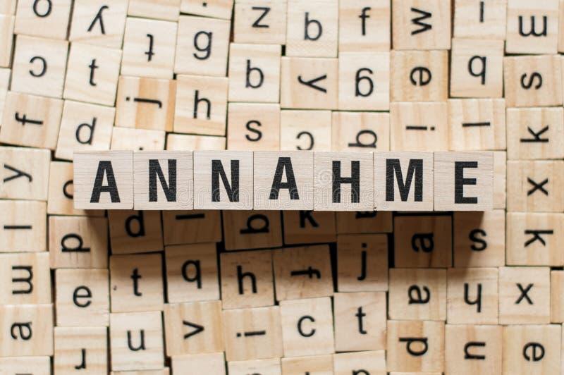 Annahme - woordgoedkeuring op duitstalig, woordconcept stock foto's