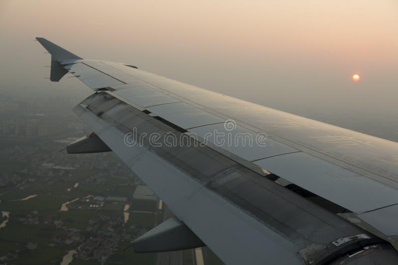 Annalkande flygplats för flygplan arkivfoto