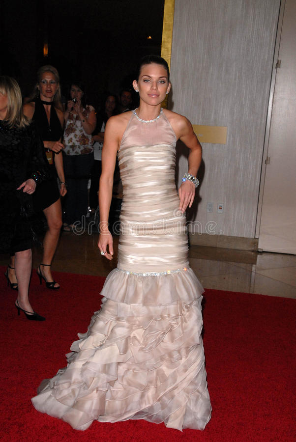 Download AnnaLynne McCord At The 35th Annual Gracie Awards Gala, Beverly Hilton, Beverly Hills, CA. 05-25-10 Editorial Image - Image: 25586055