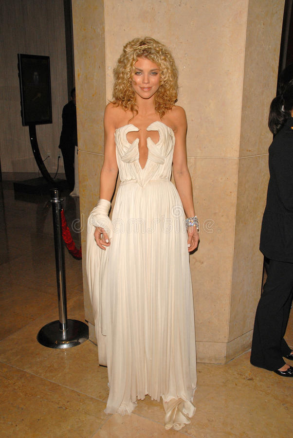 AnnaLynne McCord at The Weinstein Company 2010 Golden Globes After Party, Beverly Hilton Hotel, Beverly Hills, CA. 01-17-10