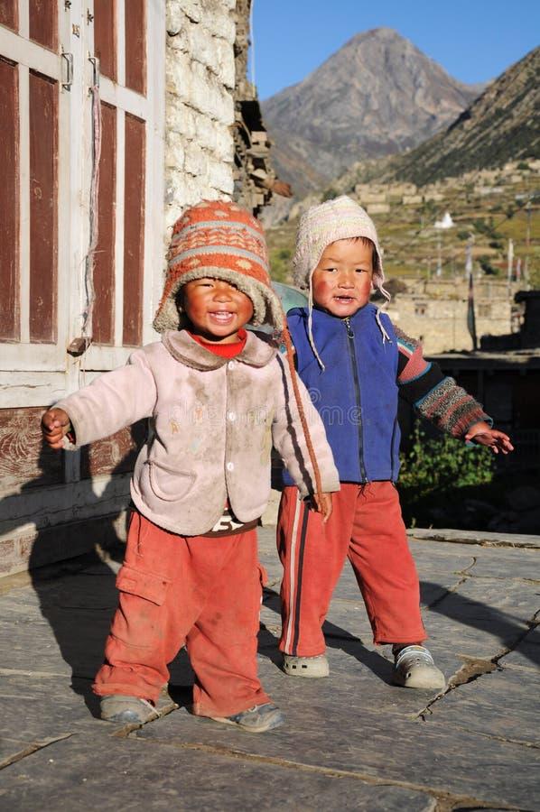 annapurna男孩manang尼泊尔小的线索 免版税库存图片