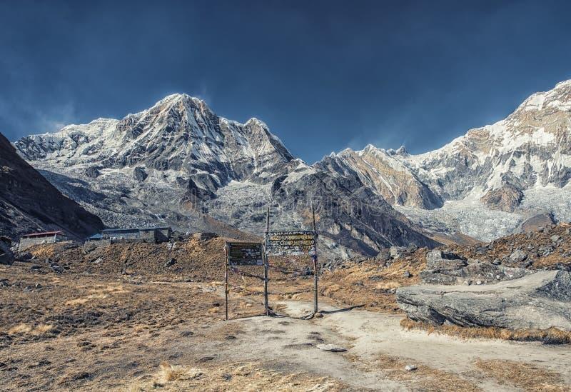 Annapurna basläger i Nepal royaltyfri foto