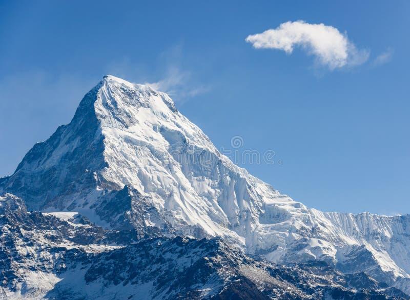 Annapurna del sur en Nepal fotografía de archivo libre de regalías