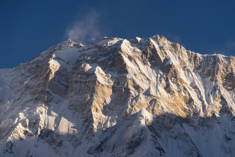 Annapurna I bergpiek bij zonsondergang, wereld 10de hoogste piek, ab stock afbeeldingen