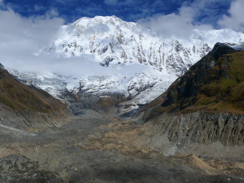 Annapurna I - niedriges Lager Annapurna lizenzfreie stockfotografie
