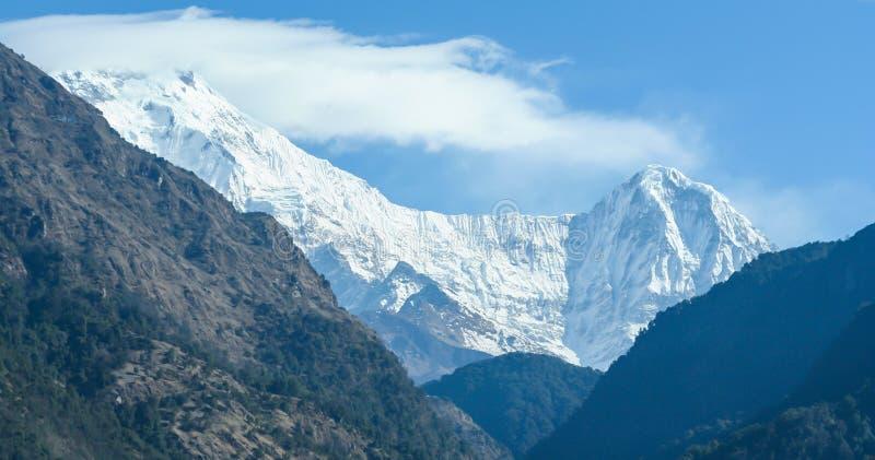 Annapurna område i Nepal Himalaya fotografering för bildbyråer