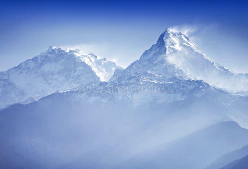 Annapurnabergen stock afbeeldingen