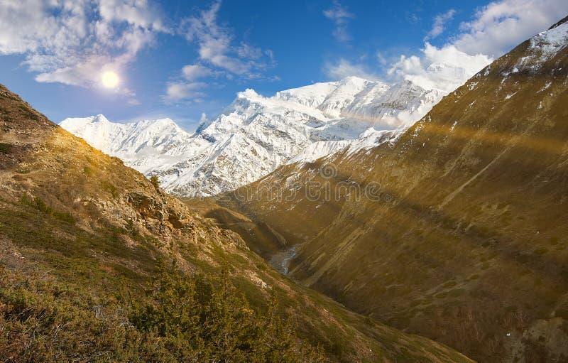 Annapurnabergen in het Himalayagebergte van Nepal stock fotografie