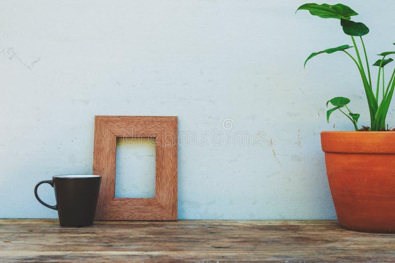 Annata di interior design dell'area di lavoro della stanza della decorazione del modello dello scrittorio fotografia stock