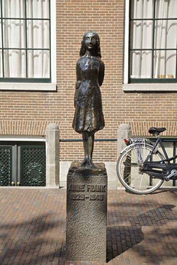 Anne Frank in Amsterdam stock foto's