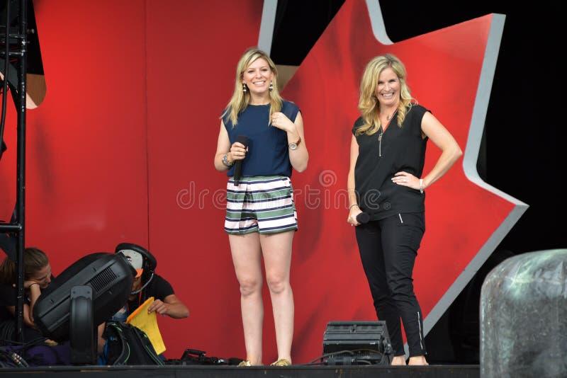 Anne-Marie Withenshaw e Jennifer Jones foto de stock