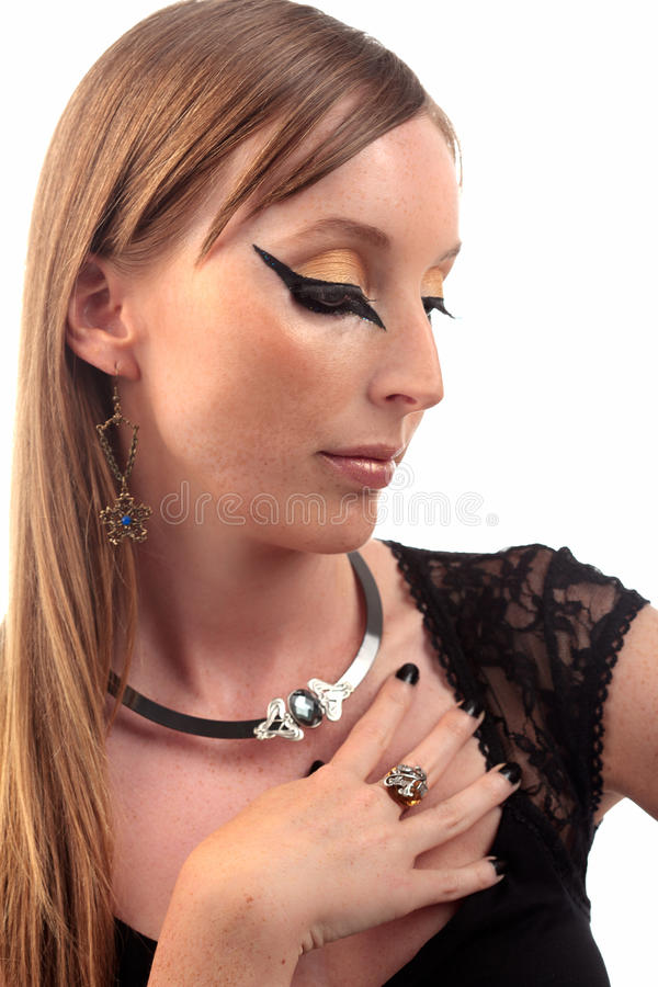 Anneau antique de boucle d'oreille de collier de fille images stock