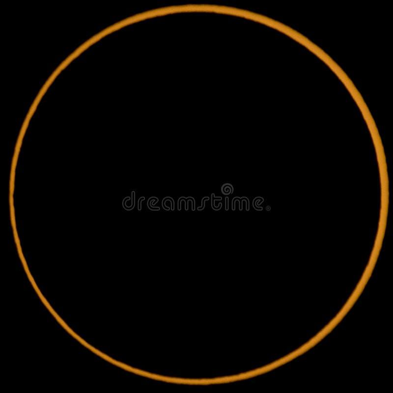 Anneau du soleil pendant l'éclipse annulaire images stock