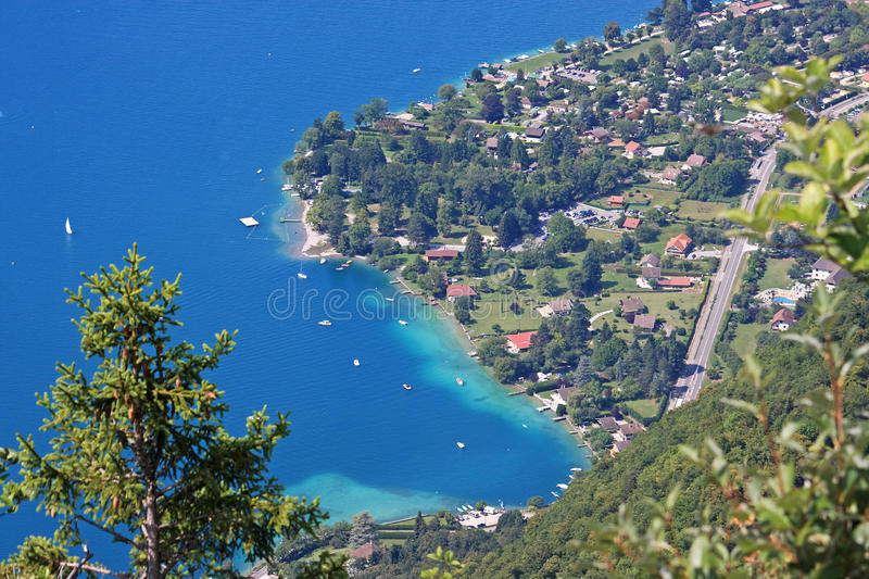 annecy lake royaltyfria bilder