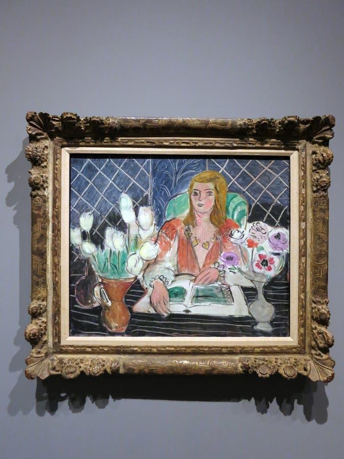 Annelies, белые тюльпаны и ветреницы - картина Henri Matisse стоковые фото