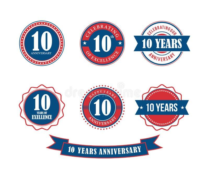 10 anni di anniversario del distintivo dell'emblema di vettore del bollo illustrazione vettoriale