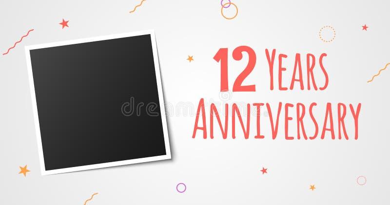 12 anni di anniversario della foto di carta della struttura progettazione elegante del modello di dodicesimo di anno vettore di a illustrazione di stock