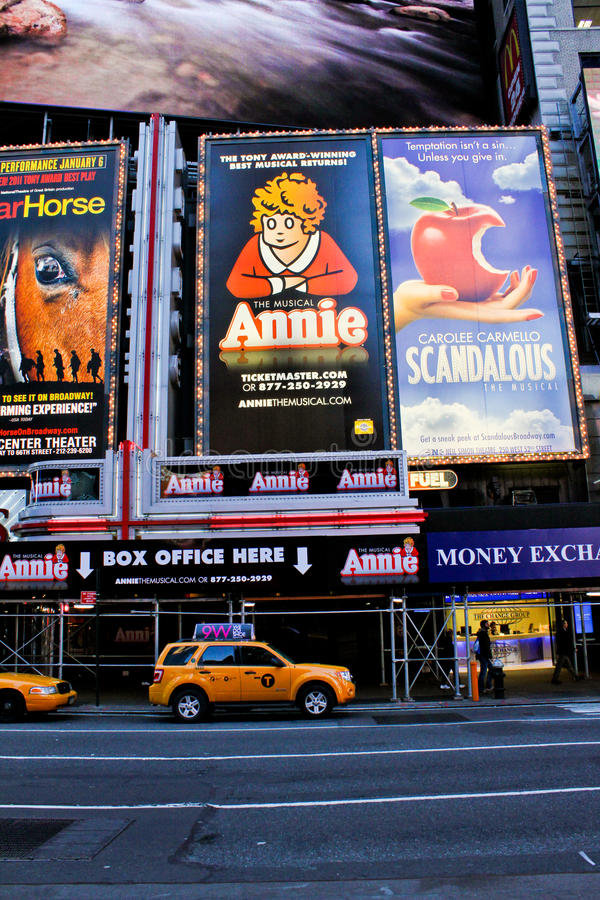 Download Annie The Musical Editorial Stock Image - Image: 27628029