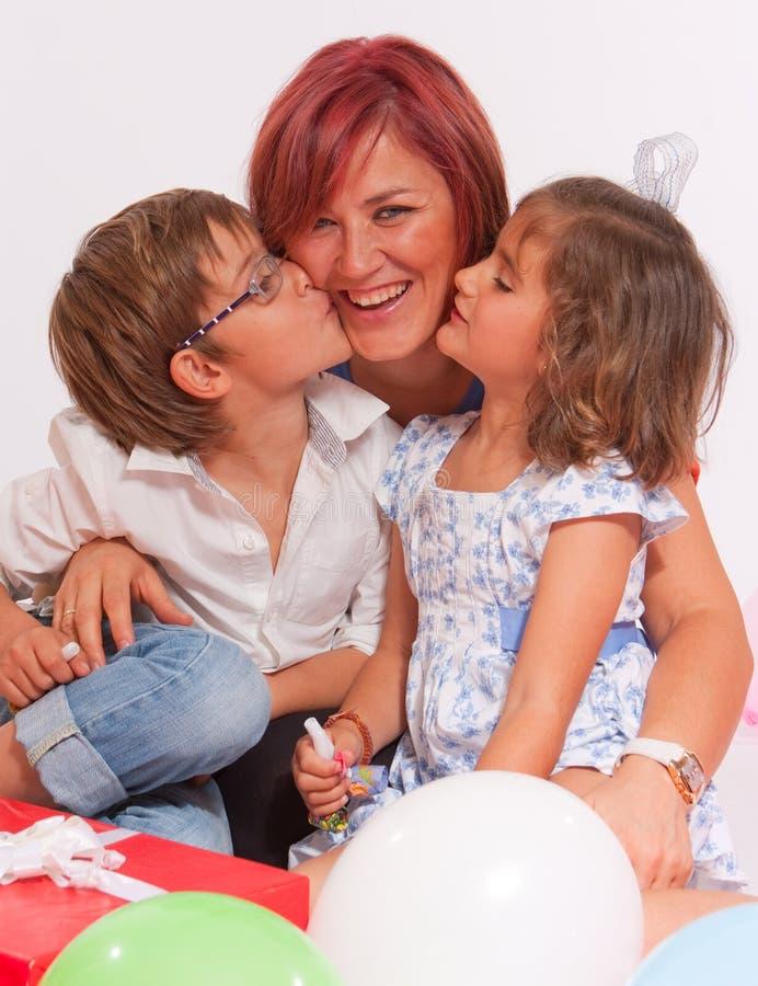Anniversaire affectueux de famille images libres de droits