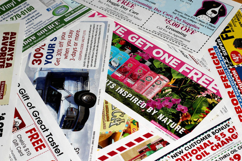 Annonces d'imprimé publicitaire photos stock