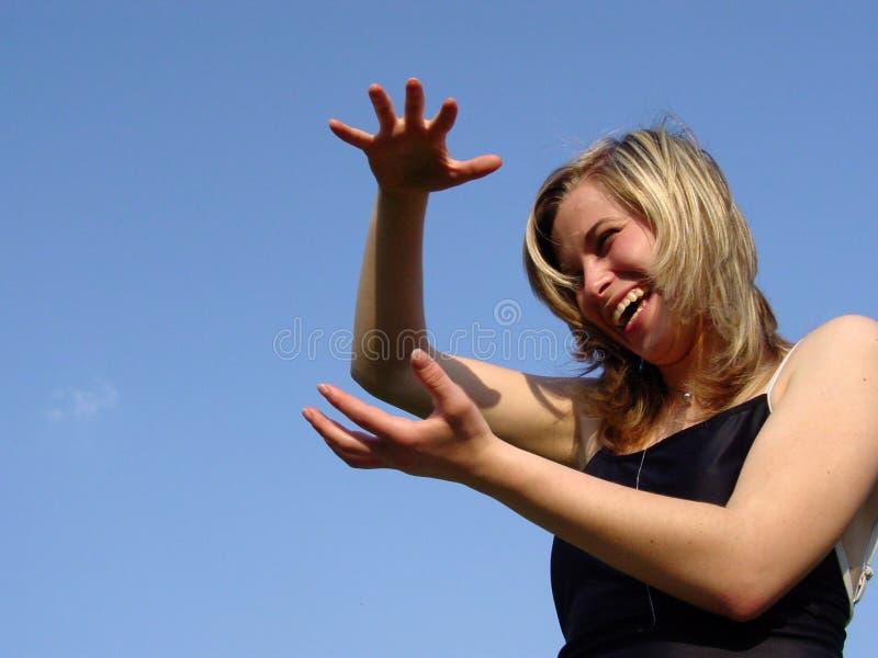 annonsera kvinnan fotografering för bildbyråer